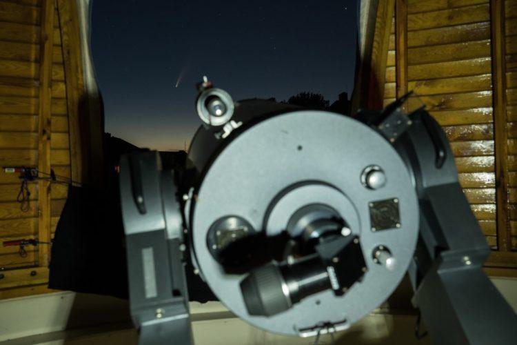 Beobachungstipp: Komet Neowise mit bloßem Auge sichtbar